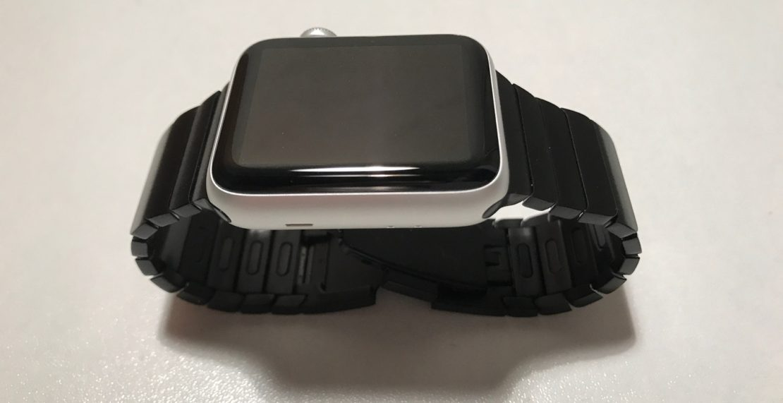 Im Test: Bluestein 42mm Apple Watch Gliederarmband in schwarz